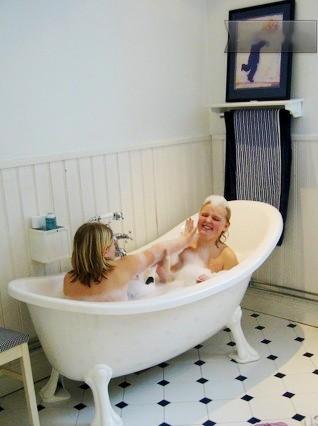 Das Badezimmer in unserem Ferienhaus in Schweden bei Stockholm.
